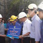 Công đoàn TKV tặng quà Phân xưởng xuất sắc của Tổng công ty Khoáng sản